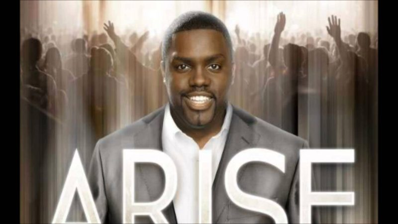 WATCH: I Won't Go Back. Live performance by William McDowell [Lyrics + mp3 Download]
